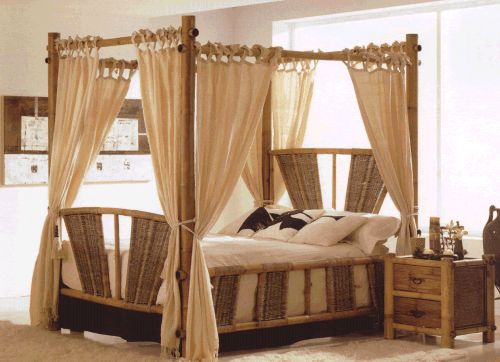 Maui Bamboo Queen Canopy Bed