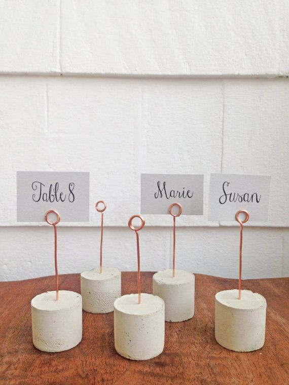 Modern industrial place card holder perfect for your holiday get-together or wedding! Add a personal and sophisticated touch to your table settings