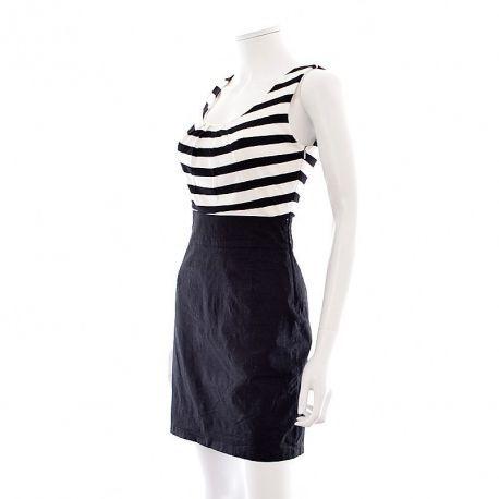 Robe - Jennyfer - Celle-ci vous plait ?, retrouvez cette robe ici : https://www.entre-copines.be/fr/robes/robe-jennyfer-17615.html :     Entre-Copines : c'est l'expérience du neuf au prix de l'occasion ! N'hésitez pas à nous suivre ou à repin ;)  #Jennyfer #new #Taille: M #mode #fashion #robes  #secondhand #clothes #recyclage #greenlifestyle #secondemain #depotvente #friperie #vetements #femmes #bonplanmode #solderie