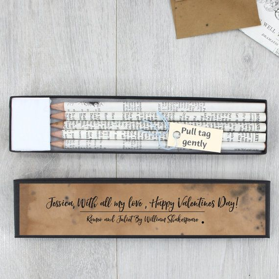 Shakespeare Gift - Shakespeare pencil set - Personalised Shakespeare pencils - William Shakespeare stationery - Book lover - Teacher Gift