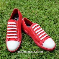 Sepatu Kanvas -  Casual Warna Merah Ciarmy Type SKC-01 Red