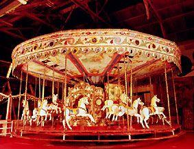 A vous acrobaties et jongleries, à vous barbes à papa  et grande roue ! L'équipe du Daumesnil-Vincennes vous donne les bons conseils pour apprécier les arts du cirque à Paris en cette fin d'année !  Joyeux Noël à tous ! http://hotel-daumesnil.com #noël #fêtes #cirques #magie #féérie #manèges #foire #Paris #muséedesartsforains #Vincennes #joyeusesfêtes