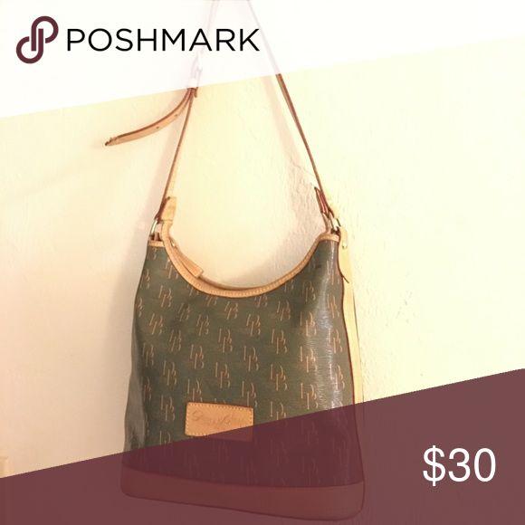 Dooney&Bourk bag Very roomy( used) Dooney & Bourke Bags Shoulder Bags