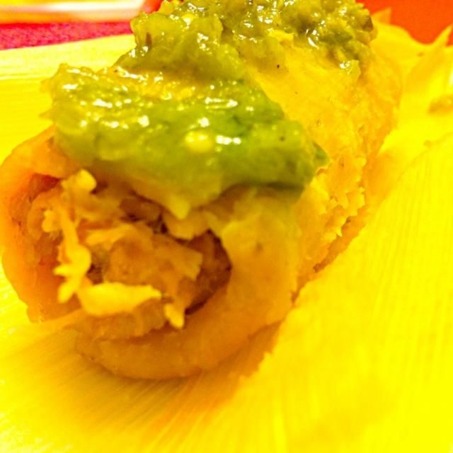 El Charro's chicken tamal with extra hot, homemade green sauce. Thank you to El Charro, Thailand - 5件のもぐもぐ - Chicken tamale by Jorge Bernal Márquez