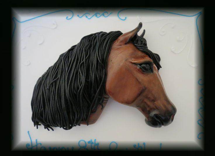 Sugarpaste horse head