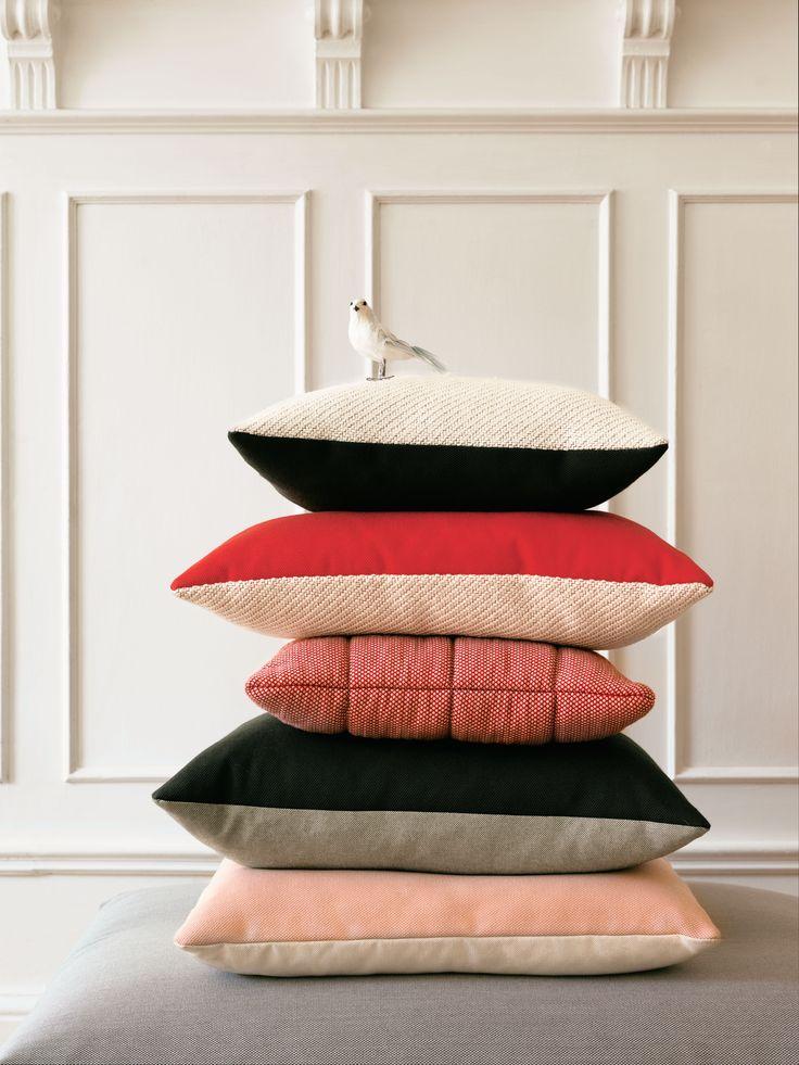Soft grid & Mingle cushions