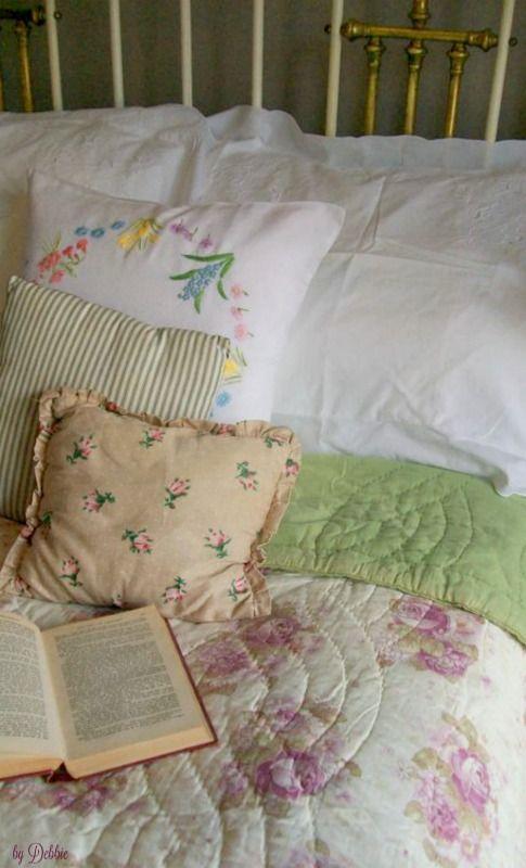 Gramma's Vintage Cottage ~ Debbie ❤
