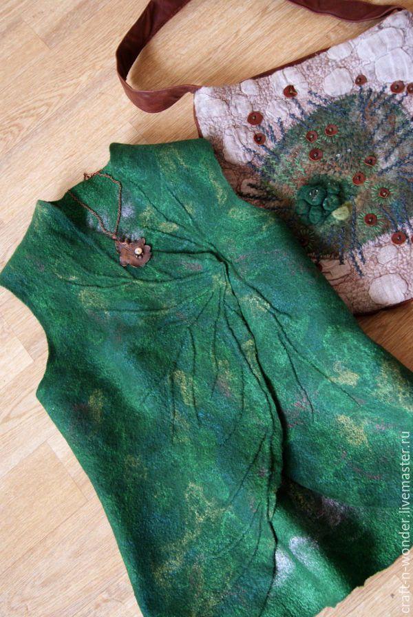 """Купить Жилет войлочный """"Лист"""" - зеленый, Жилет войлочный, Жилет женский, войлок, жилет валяный"""