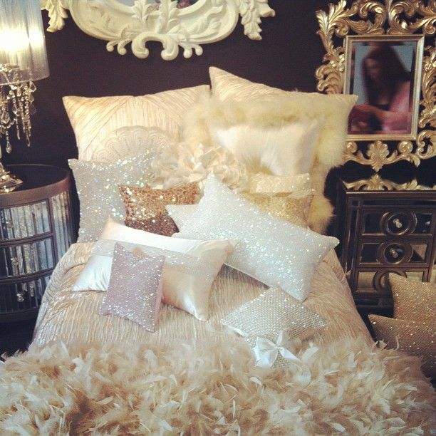 Bedroom Bed Photo Glitter Bedroom Accessories Pink Accent Wall Bedroom Bedroom Bench Decor: Sparkly-louboutins: €� ™�Sparkly-Louboutins♛ €� Http://girly