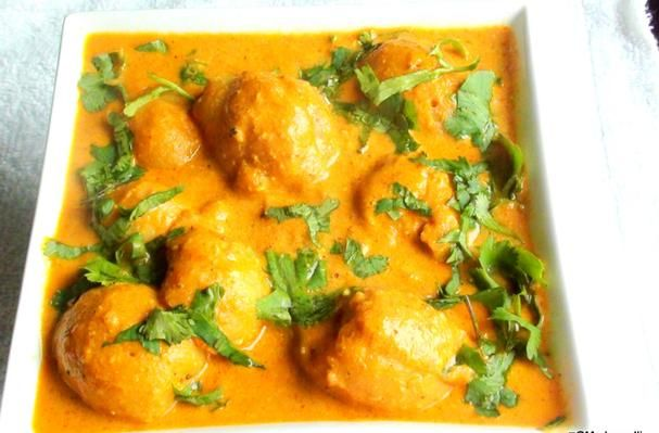 Khuskhus Aloo, a delicious potato and poppy seed combination in a juicy gravy.. #VeganDishes