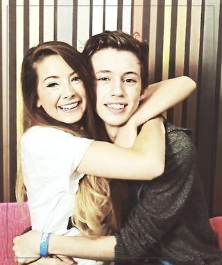 Zoe and Troye