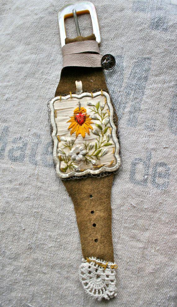 Sacred Heart Bracelet by amyhanna on Etsy