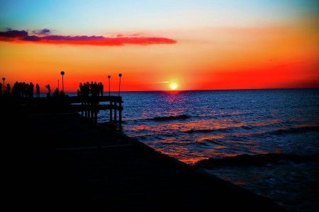 Muchlis Wahab: amazing sunset at losari beach makassar