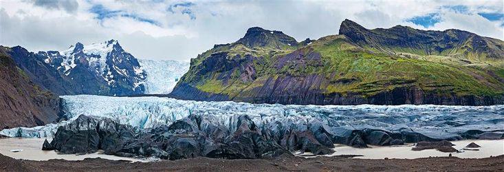 Vatnajökull - ISLANDIA  El mayor glaciar de Europa es tan grande como la Comunidad de Madrid y tiene 400 metros de espesor medio.