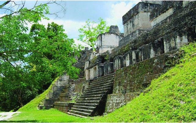 Tikal: comment la cité Maya s'est effondrée...
