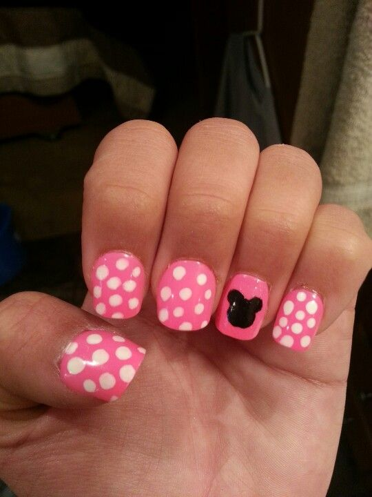 100 best Minnie Mouse nails images on Pinterest | Beautiful, Minnie ...