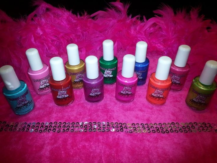 It's A Girl's World Glamour parties - Natural kids nail polish used in all parties. Amazing colours x