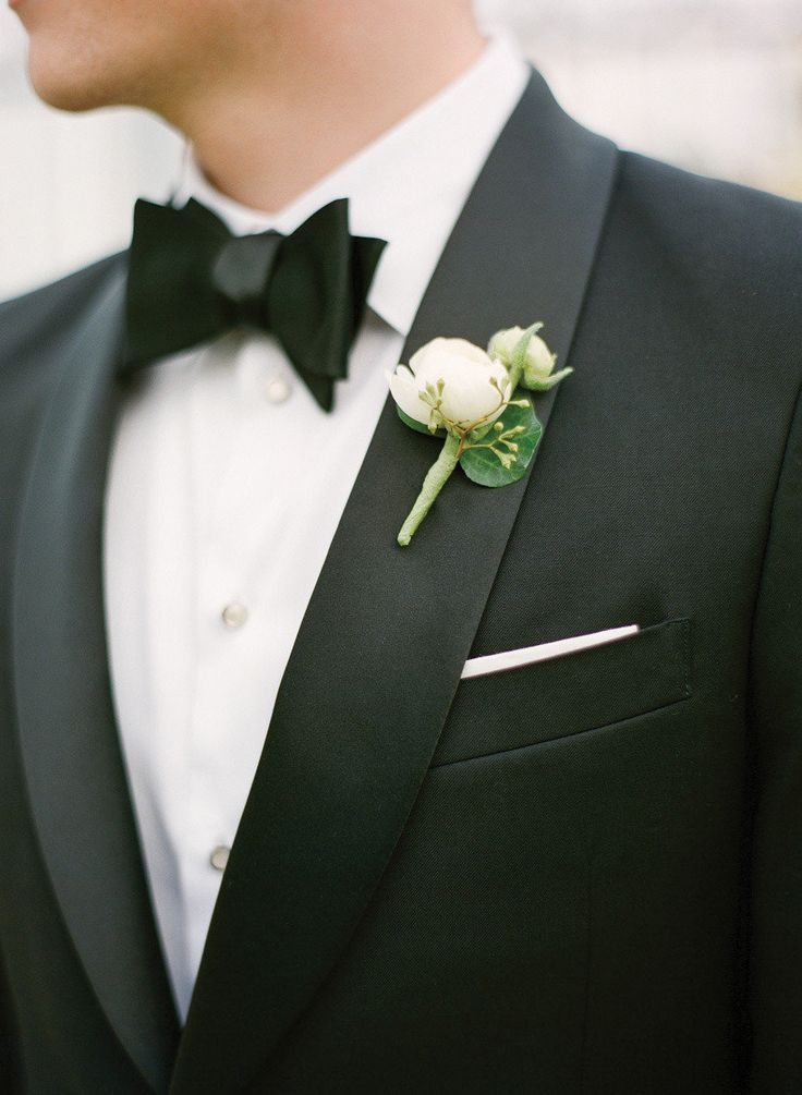 #bow-tie, #boutonniere  Photography: KT Merry Photography - ktmerry.com Planning: Jill la Fleur - lafleurweddings.com/ Floral Design: Botanica International Décor & Design Studio - botanicaflorist.com/  View entire slideshow: 20 Steal-Worthy Styles for Grooms on http://www.stylemepretty.com/collection/223/