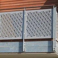 Perforerade balkonräcken