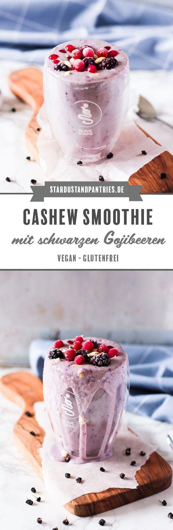 Ein veganer Cashew Smoothie mit schwarzen Gojibeeren versorgt dich mit einer großen Portion Antioxidantien, Eisen und Calcium - ein perfekter Snack für Unterwegs, das Büro oder als Frühstück. #Frühstück #Smoothie #schwarzegojibeeren #Superfood #vegan