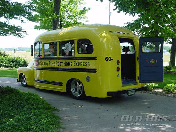 Pin by Dave Roehrle on Old Busses & House Trucks | Old ...