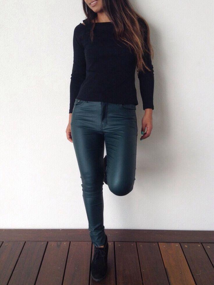Wet look dark green jeans from La Moda Boutique!