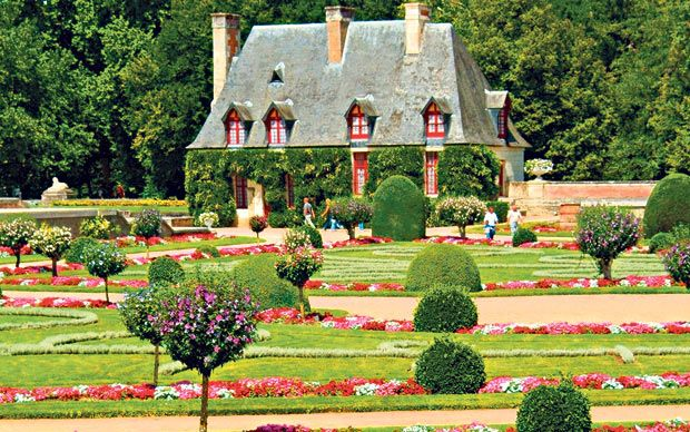 Need a break from British drizzle? A French garden tour will recharge your   batteries.