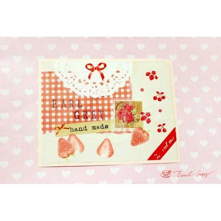 """""""딸기카드 . .  #카드 #카드만들기 #엽서 #postcard #마테 #마스킹테이프 #인스 #랩핑지 #コラージュ #カード #葉書 #collage #penpal #snailmail #펜팔 #ペンパル #papercraft #handmadecard"""""""
