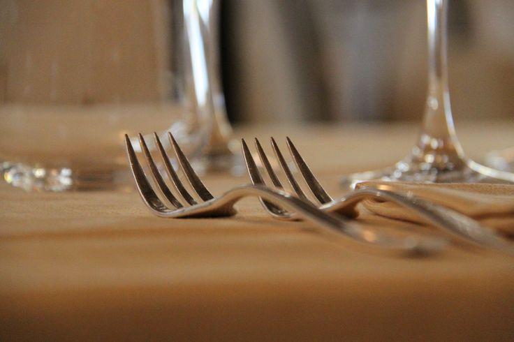 Dettaglio mise en place - Mise en place detail http://masseriacordadilana.it/  #miseenplace #details #restaurant #elegance #masseriacordadilana #lecapriate