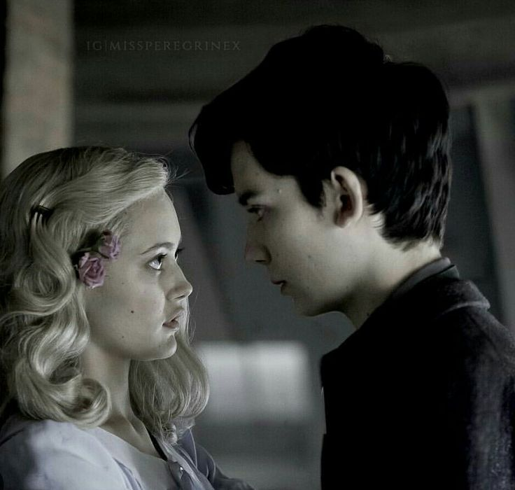emma and jake // miss peregrine's