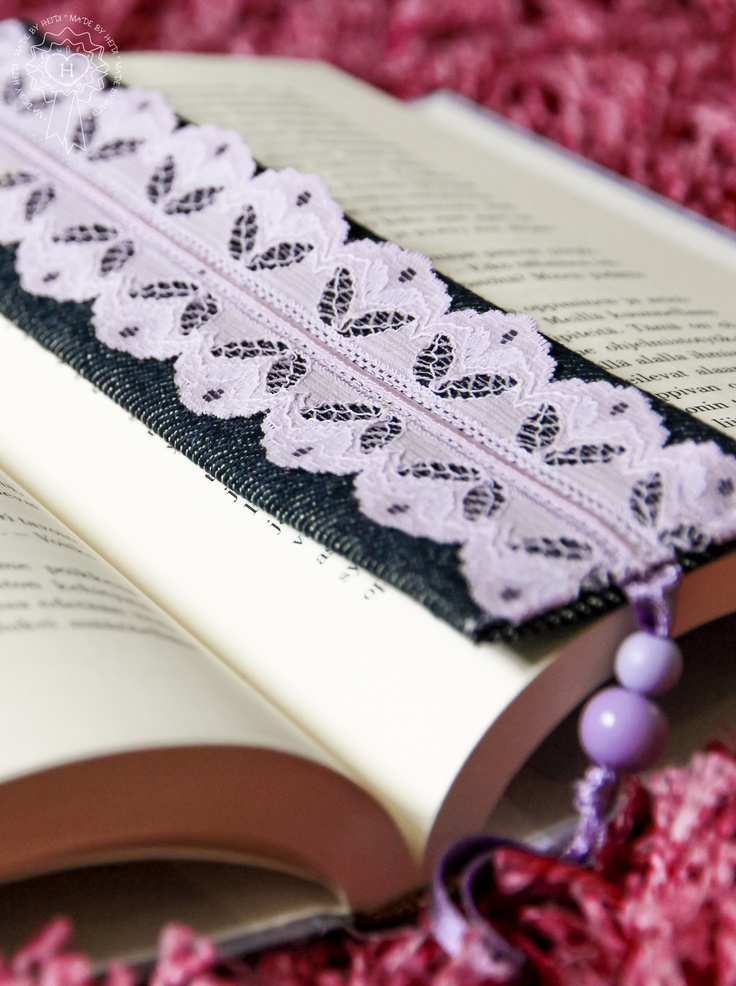 Kirjanmerkki / Bookmark