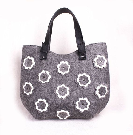 Felted flower bag Ladies felt purse Floral felted bag Women's side purse Ladies hobo bag Medium size handbag Flower design bag volaris