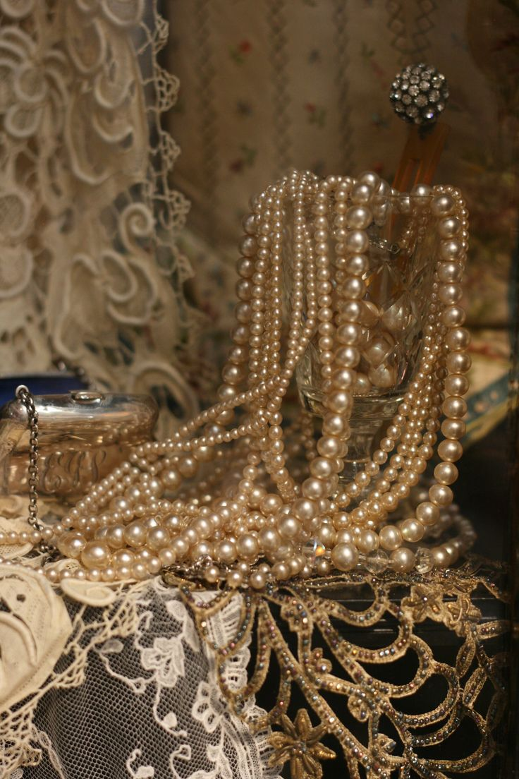 Sheelin Antique Lace Shop Vintage Pearls...there is just something wonderful about pearls!