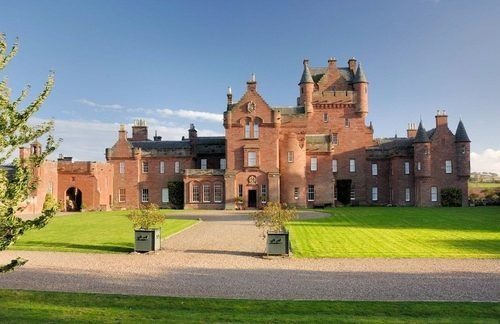 Scottish Estates for Living Out Skyfall Fantasies
