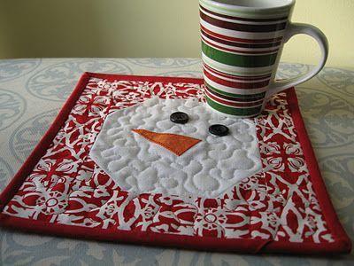 Not-so-Plain Jane: Snowman Mug Rug Mug rugs are the latest secret craze. Here's a Tutorial. get ready for christmas giving.