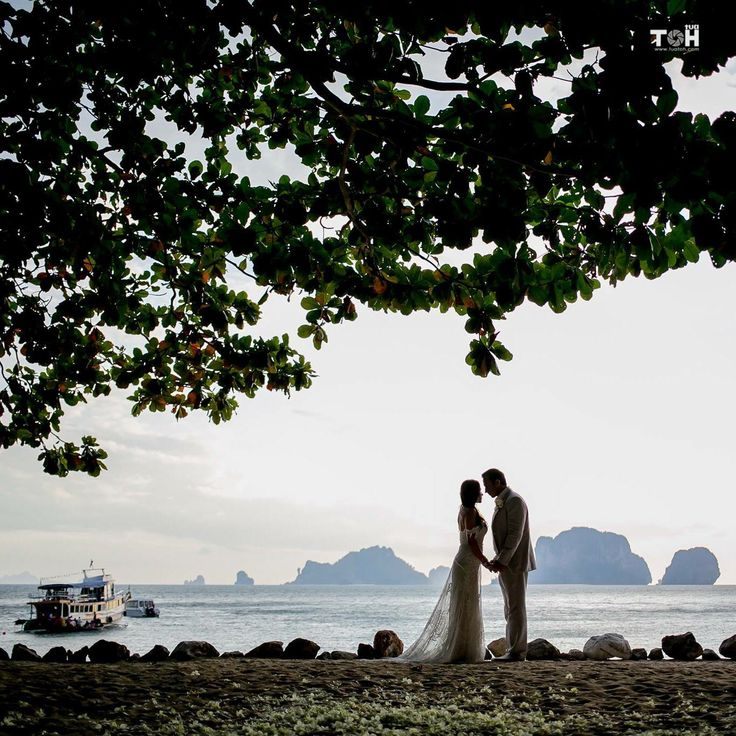 Grotto, Rayavadee l Romantic Beach Wedding Krabi Thailand  www.tuatoh.com