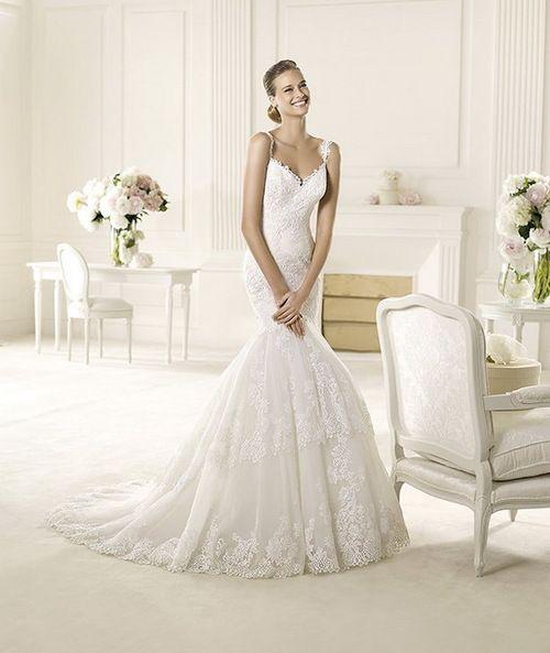 http://www.daigelinlikmodelleri.com/kataloglar/online-gelinlik-modelleri-albumu/  2013 Strapless Flat Appliques White Cheap Empire Waist Wedding Dress