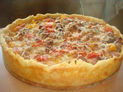 Открытый мясной пирог,картофельное тесто.