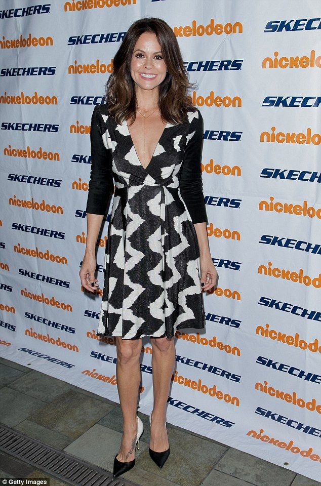 Brooke Burke Perfectly coordinated: The 44 yo star accessorized the look simply with black and white pumps bu...