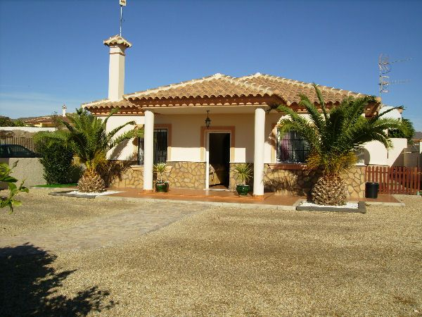 <b>Lovely villa, part furnished or unfurnished with pool Zurgena long term rentals Almeria</b>