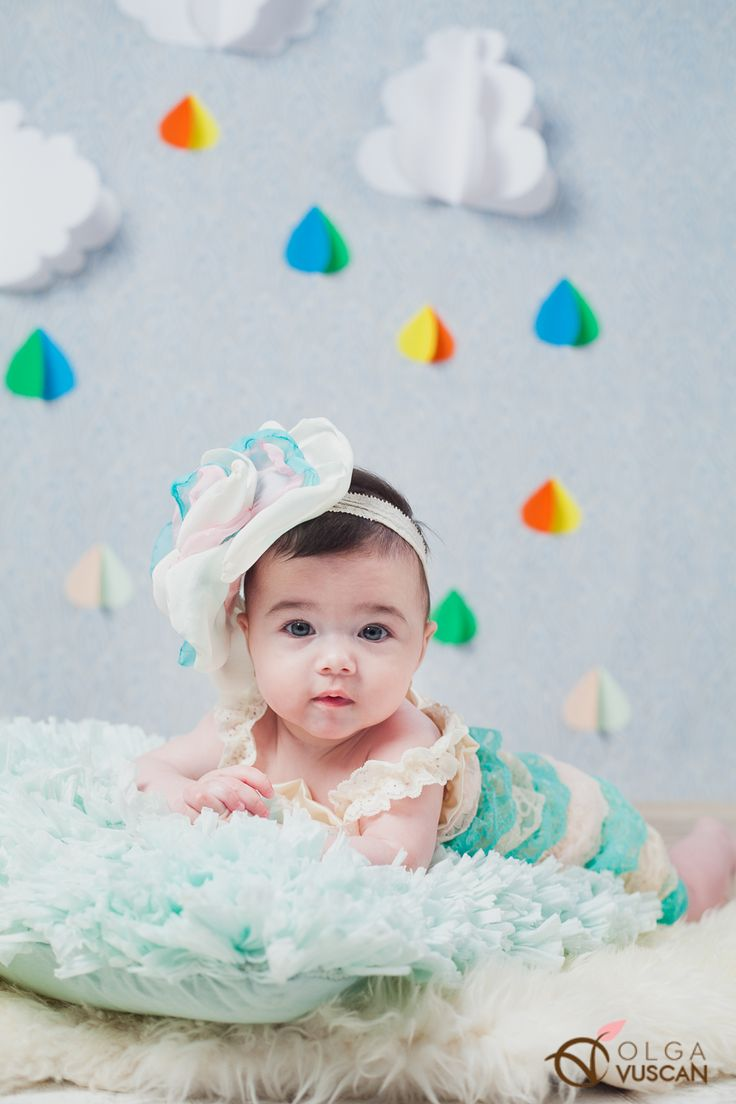 DIY props for children photography sessions_rain and clouds_photographer Olga Vuscan