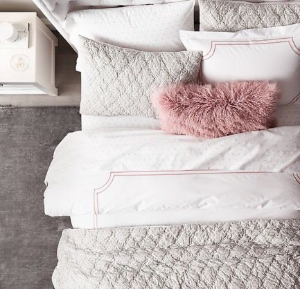 i like the pink throw pillow with the grey ones