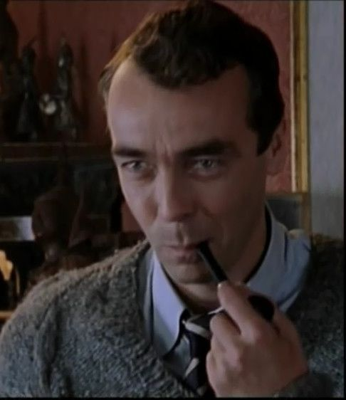 John Hannah as Inspector Tom Campbell in Agatha Christie's '4.50 From Paddington' (2004).
