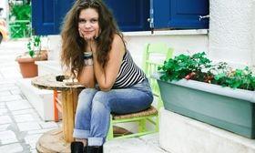 Αγνώριστη με ίσια μαλλιά η Λίλα Μπακλέση   Μια άλλη είναι η Λίλα Μπακλέση με ίσια μαλλιά.  from Ροή http://ift.tt/2npXAPF Ροή