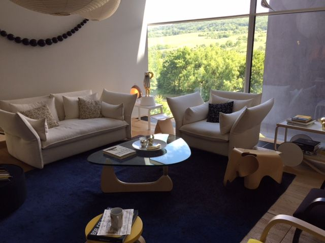 Beautiful living room setup