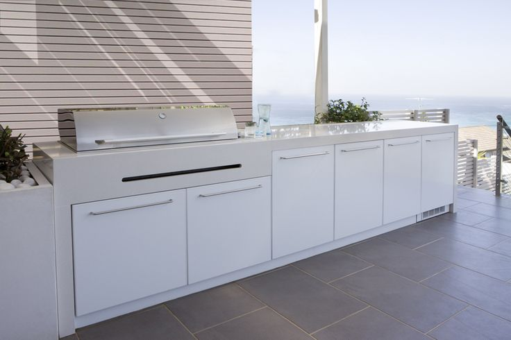 When Secret Gardens design BBQs and serveries we take into consideration, how our clients entertain and their storage needs.