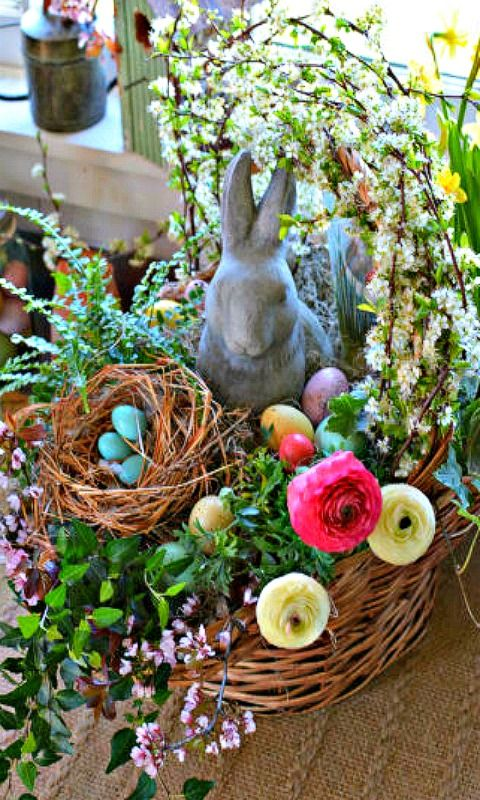 Step by step instructions on how to build a Blooming Easter Basket - perfect for an Easter holiday centerpiece