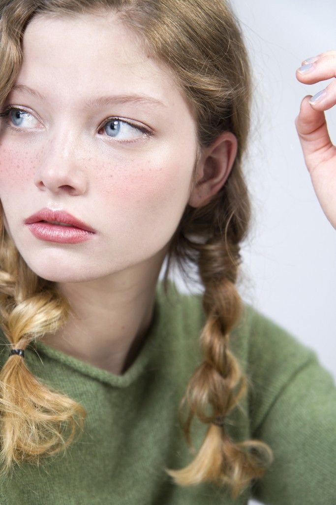 braid freckle natural