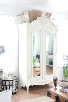 Armoire with mirrored doors