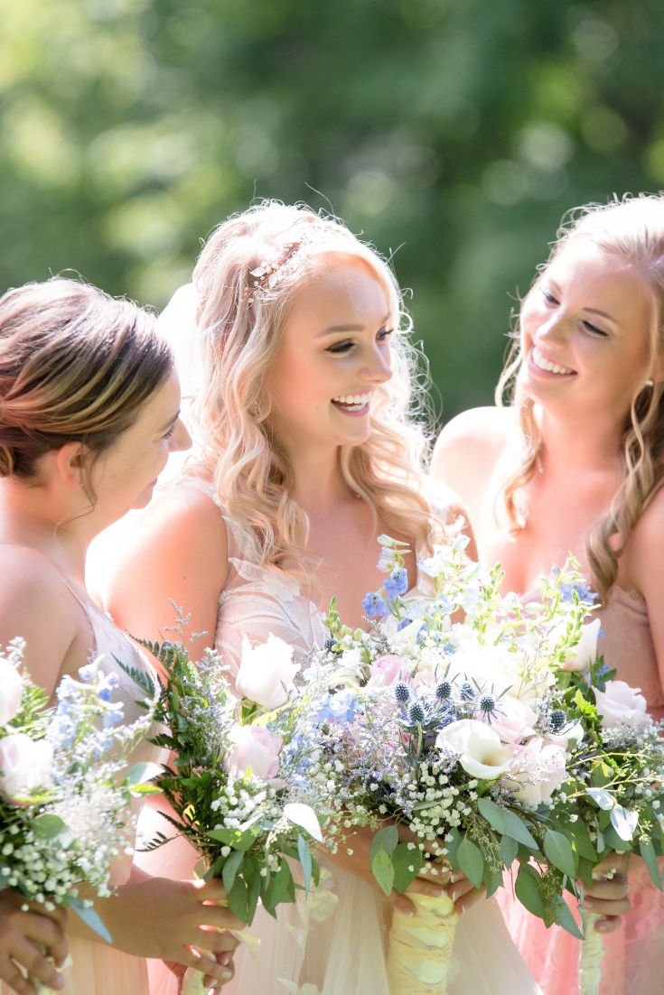 Classic wedding style, Boho or Beachy waves?  We have the wedding look for your Hawaii Wedding.